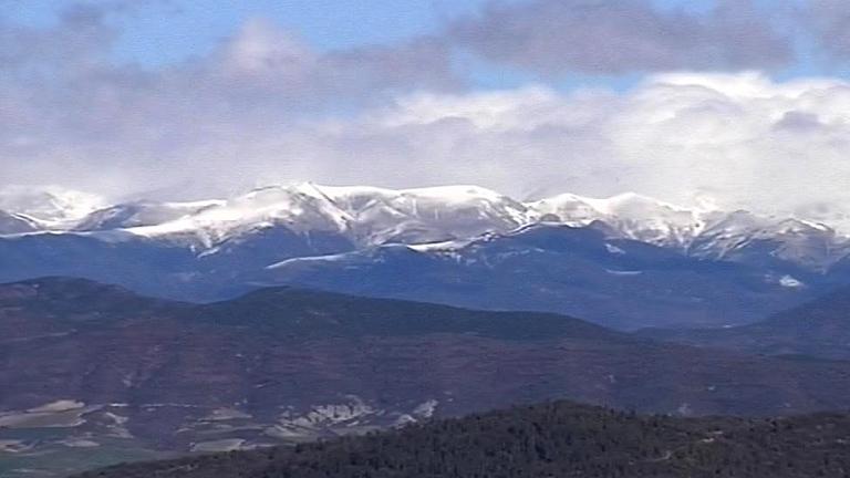 La primavera llega este martes con 21 provincias  españolas en alerta por frío, viento y nieve