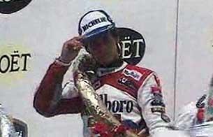 Motociclismo: Álex Crivillé vence en Brno y se proclama campeón en 1989