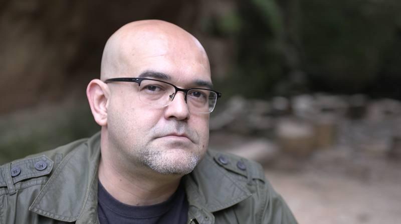 Alexis Ravelo nos habló de cómo se vivió la Semana Roja: un episodio muy desconocido en la Península