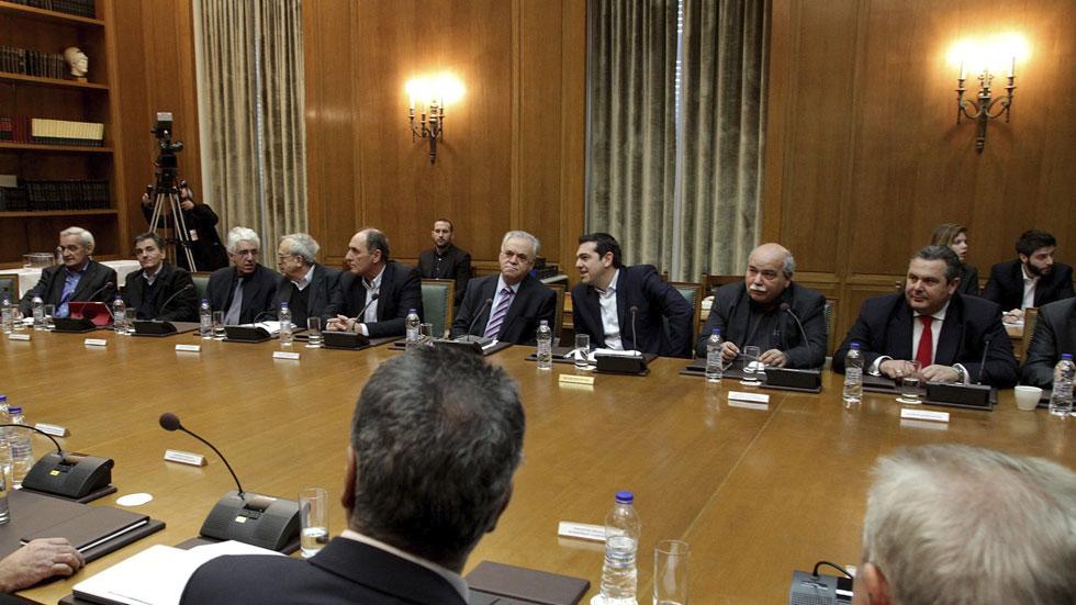 Alexis tsipras preside el primer consejo de ministros del for Ministros del gobierno