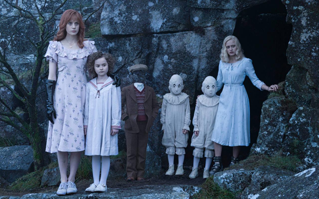Algunos de los niños del hogar de Miss Peregrine