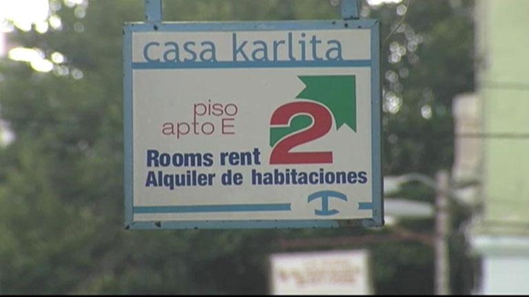 Cada vez más los turistas que viajan a Cuba optan por alojarse en un domicilio particular