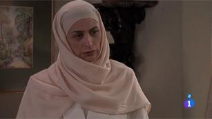 Amar - Amina desafía y desobedece a Armenteros