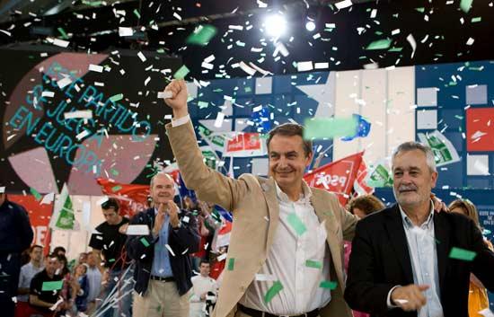 Zapatero anuncia que el nuevo modelo económico comenzará a aplicarse en Andalucía