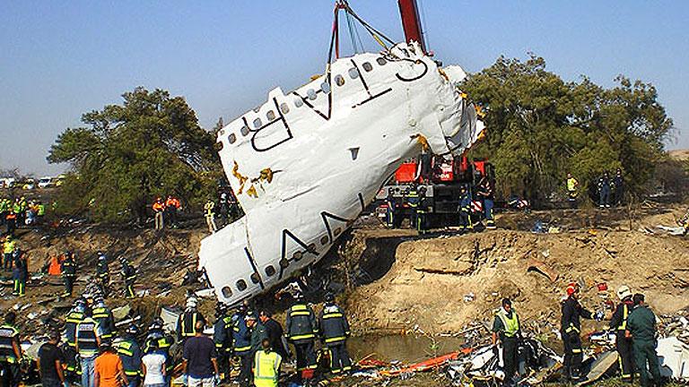 Cuarto aniversario del accidente de Spanair, que se estrelló en Barajas nada más despegar