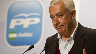 Arenas presenta un programa de Gobierno centrado en las reformas y en la austeridad