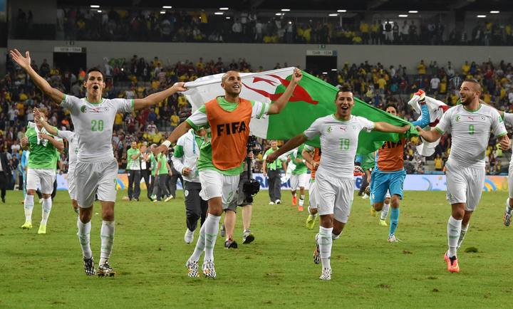Argelia celebra su pase a octavos del Mundial