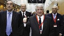 Ir al VideoArturo Fernández, reelegido como presidente de la patronal madrileña