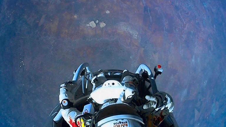 Así fue el salto estratosférico de Felix Baumgartner