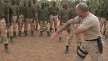 Ir al VideoAsí trabajan las tropas españolas en Mali