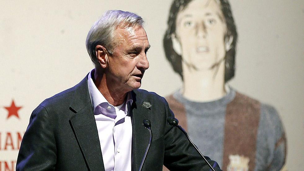 La asociación de veteranos de Sitges homenajea a Cruyff
