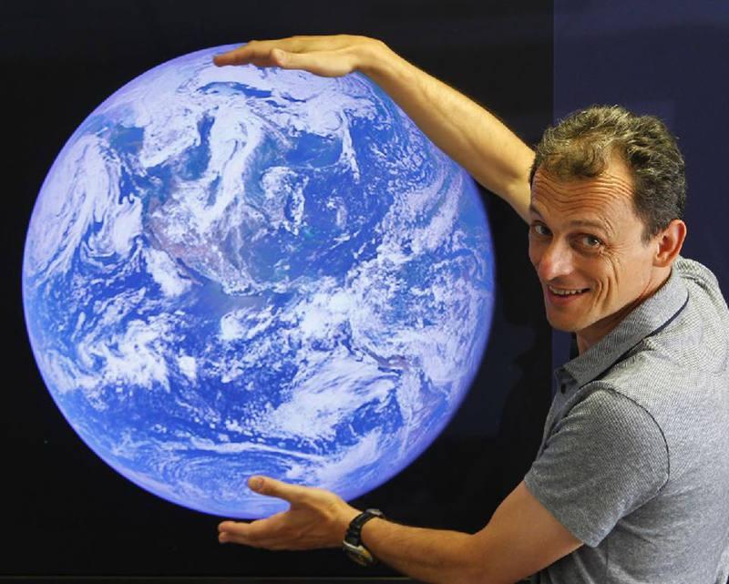El astronauta Pedro Duque se une al plantel de colaboradores