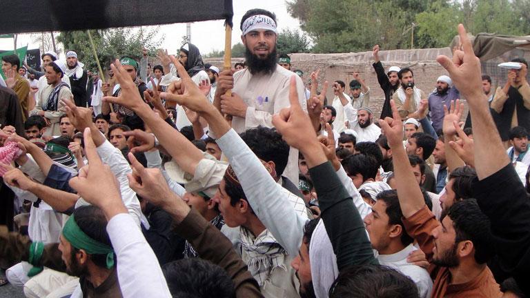 Los talibanes atacan la delegación afgana que investigaba la matanza de 16 civiles