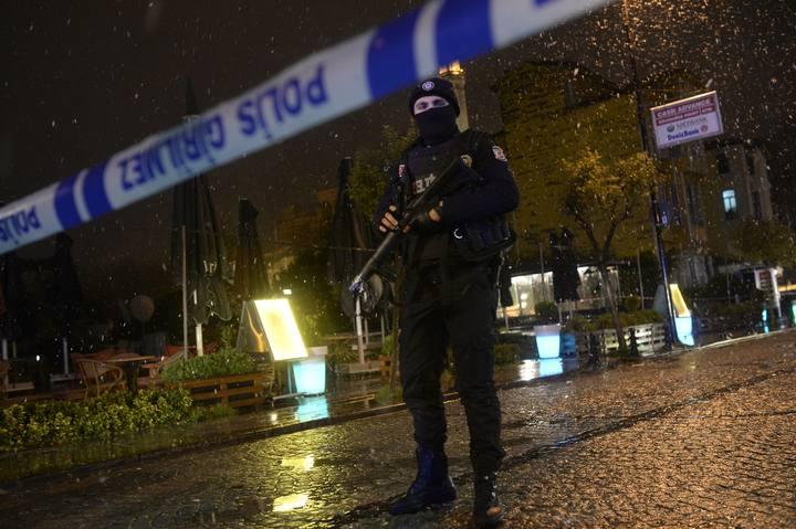 Ataque a una comisaría en Estambul