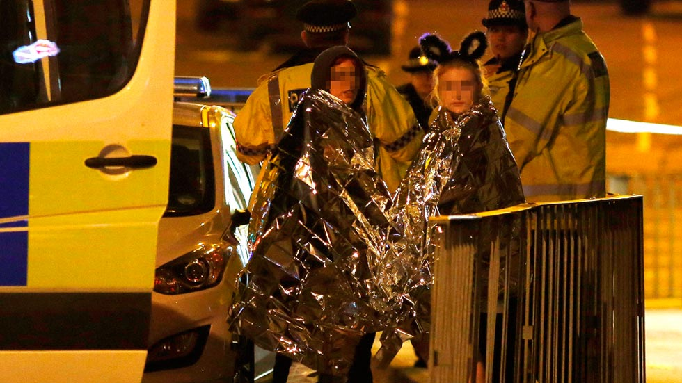Al menos 22 muertos y más de 50 heridos en un atentado suicida en Manchester