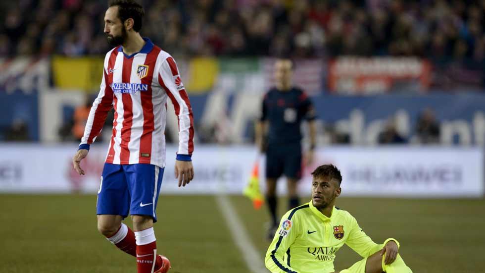 Atlético - Barcelona: Un partido bronco en el Calderón