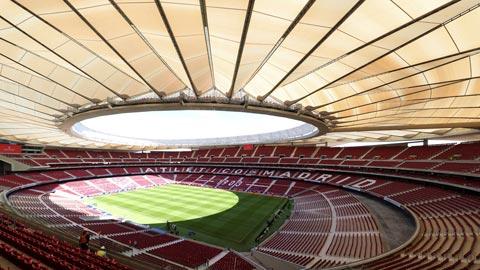 Ir al VideoEl Atlético estrena estadio sin margen de error