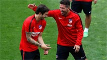 Ir al VideoEl Atlético inicia la pretemporada con 19 jugadores y sin medio equipo