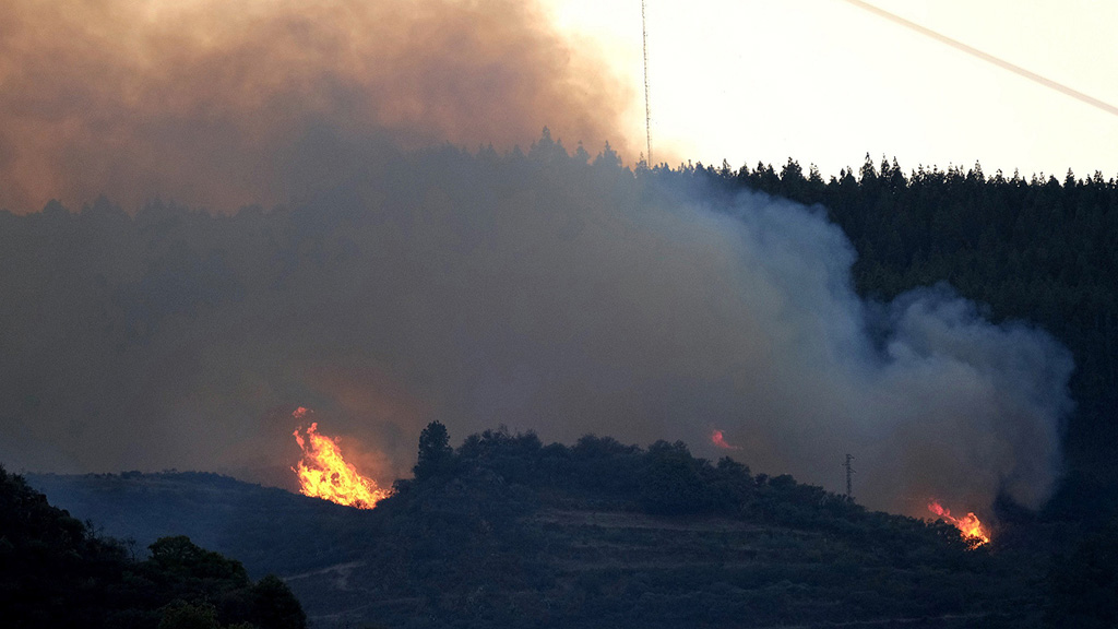 Aumentan a 800 las personas desalojadas por el incendio de Gran Canaria