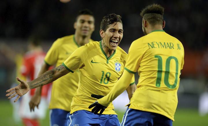 AUSTIRA VS BRASIL