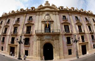 Ver vídeo  'El auto del Tribunal Superior de Justicia de Valencia explica que no encuentra delito de cohecho pasivo'
