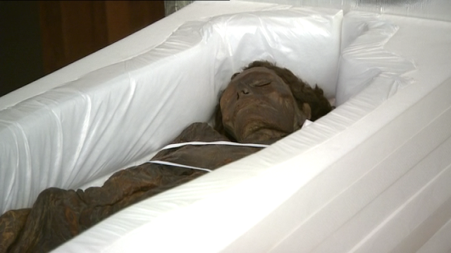 Autopsia momia guanche