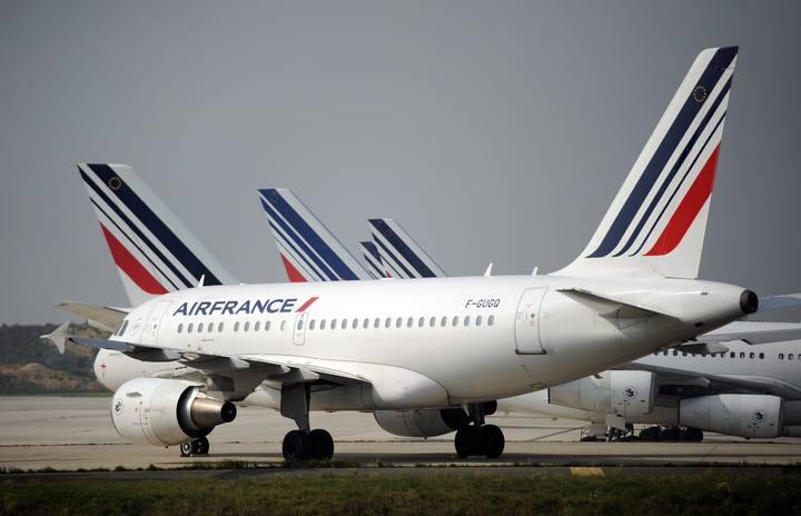 Aviones de Air France en el aeropuerto Charles de Gaulle de París