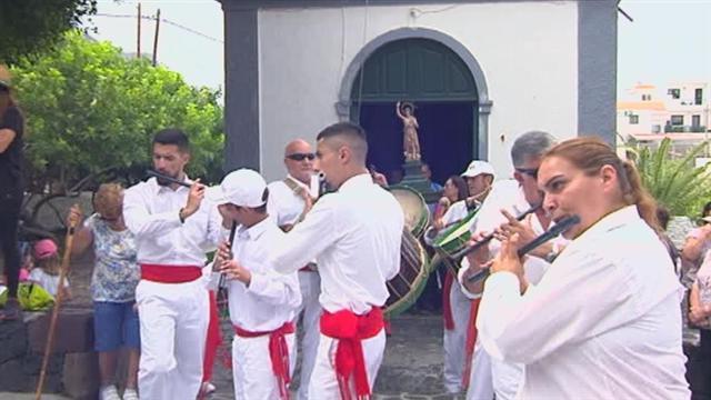La Bajada de la Virgen de Los Reyes
