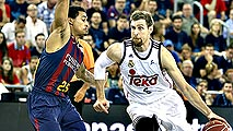 Ir al Video Baloncesto - Liga ACB. Play Off 3º partido: FC Barcelona - Real Madrid
