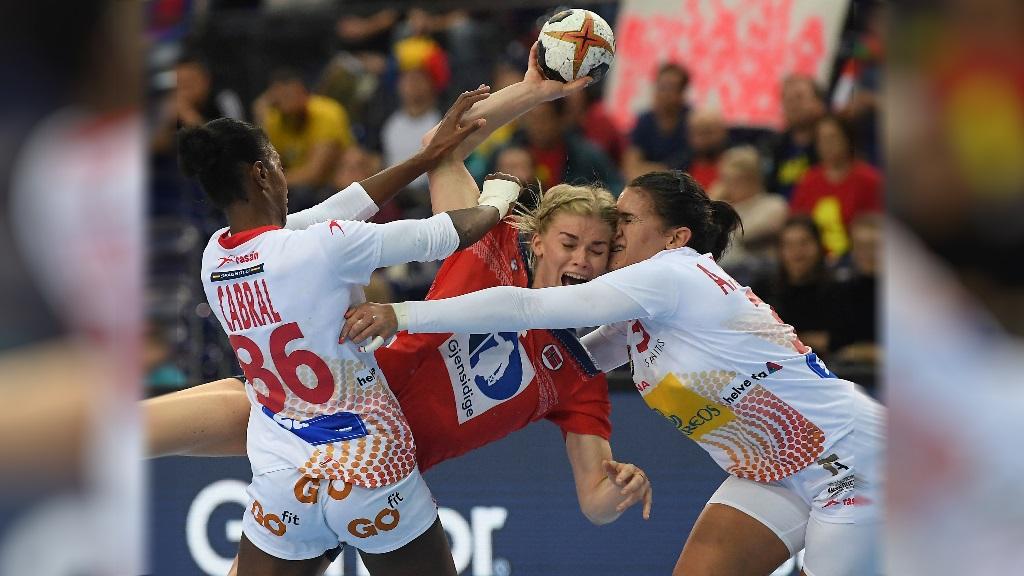 Balonmano - Campeonato del Mundo Femenino 1/8 Final: España-Noruega