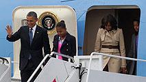 Ir al VideoBarack Obama llega a Belfast a la cumbre del G-8