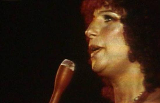 "Barbra Streisand canta ""Evergreen"""