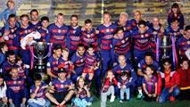 El Barça celebra su doblete en el Camp Nou