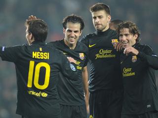 Un Barça de récord se mete en octavos