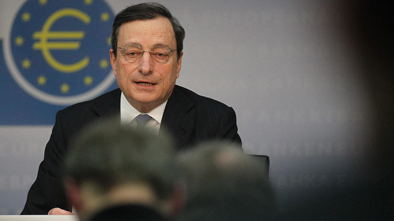El BCE mantiene los tipos en el 1% y defiende la inyección a la banca