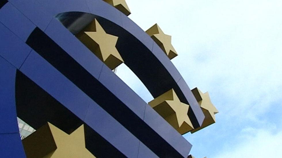 El BCE rebaja las previsiones de crecimiento y mantiene los tipos