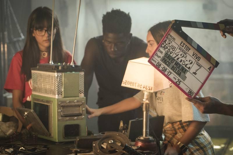 Bea, Yon y Patri se la juegan por la batería