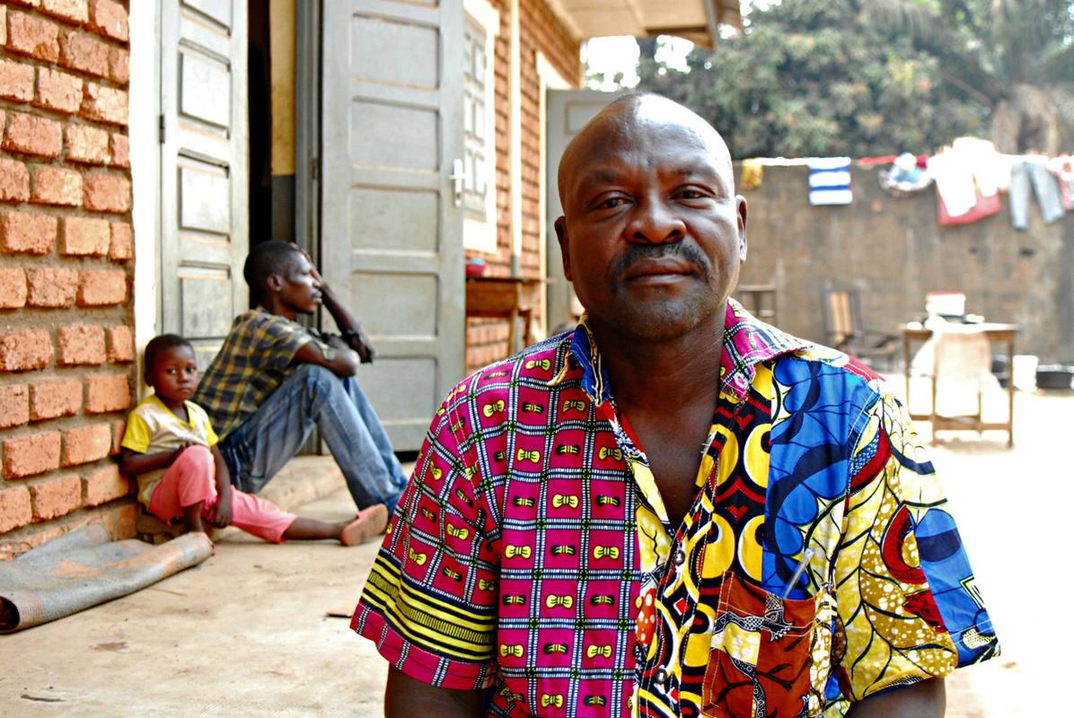 Benjamin  Amonde, vecino de Kokolo. Foto: M.J. AGEJAS