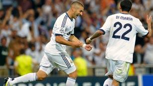 Benzema sostiene al Real Madrid (2-2)