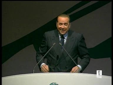 Berlusconi insulta a la justicia italiana