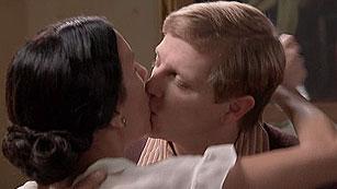 Amar - El fantasioso beso de Manolita y Julio