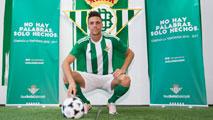 Ir al VideoEl Betis presenta camiseta y fichaje en una jornada muy activa ya en Primera
