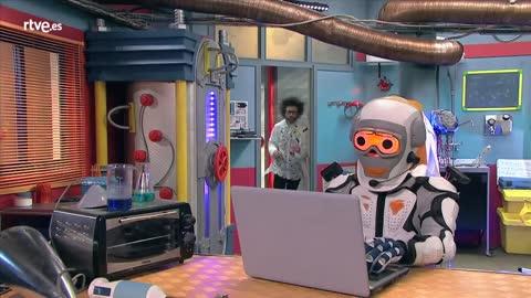 Campaña de Protección de Datos -  Frank y su amigo virtual