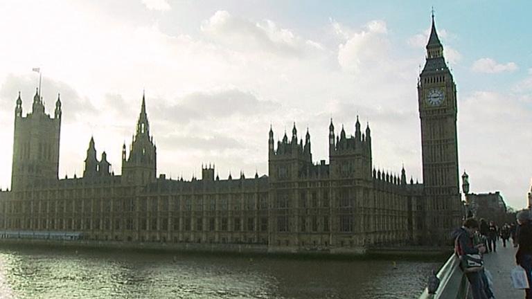 El Parlamento británico investigará por qué se está inclinando el Big-Ben