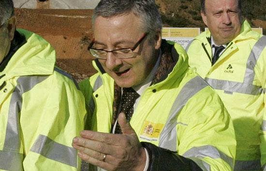 "Blanco llama ""mentiroso compulsivo"" a Rajoy"