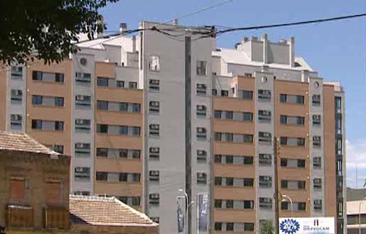 Los precios de los pisos se estancan y solo bajar n los de - Pisos de bancos en la costa ...