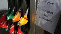 El bloqueo de las refinerías francesas deja sin suministro al 20% de las gasolineras del país