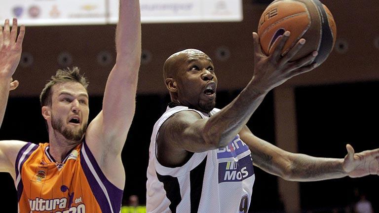 Blusens Monbus 76-62 Valencia Basket