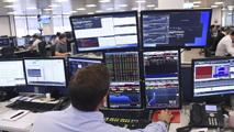 Ir al VideoLas Bolsas europeas se recuperan tras la intervención del banco central de China