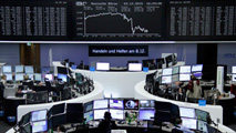Ir al VideoLas Bolsas reaccionan con caídas tras la reunión del Banco Central Europeo